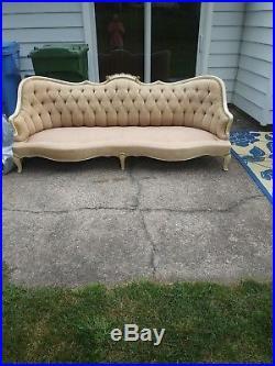 1900s Vintage Victorian Sofa