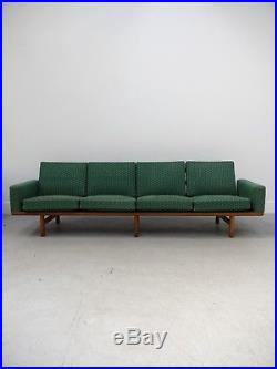 1960s VINTAGE RARE ORIGINAL DANISH HANS WEGNER GE 236/4 OAK SOFA GETAMA DENMARK