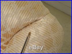 30976EC Sheraton Style Solid Mahogany Loveseat Or Small Sofa