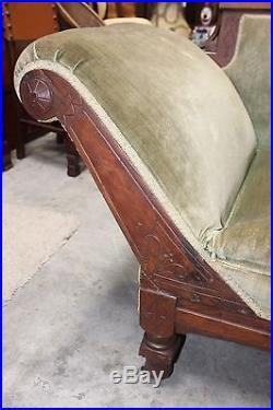 American Victorian Eastlake Fainting Couch in Green Velvet