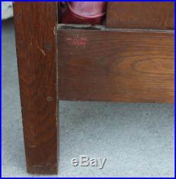 Antique Arts and Crafts Mission Oak Even Arm Settle L & JG Stickley 72 long