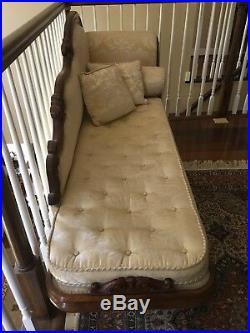 Antique English Mahogany Chaise Lounge