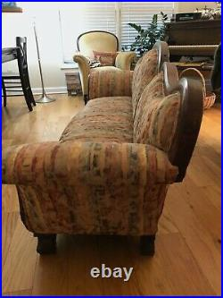 Antique Victorian Mahogany Sofa Decorative Carving/Serpentine Back