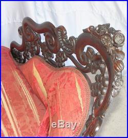 Antique Victorian Rosewood Recaimier / Méridienne Pierced Carved J H Belter