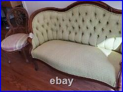 Antique victorian loveseat And 2 Chairs