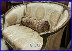 Corbel Love Seat