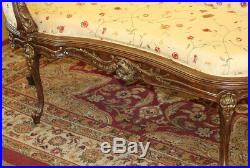 Fine Silk Upholstered Carved Gilded French Louis XV Style Chaise Recamier Settee