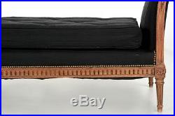 French Louis XVI Style Carved Fruitwood Antique Daybed Sofa, 19th Century