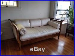 Louis Day Bed