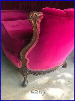 Luxurious Statement Piece 19th Century Mahogany Rococo Victorian Couch