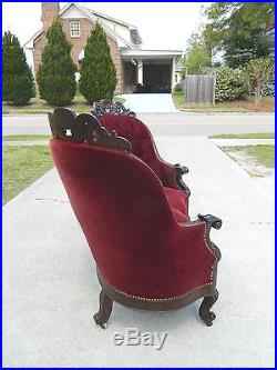 Rosewood Victorian Sofa SetteeCourting Couch circa 1850