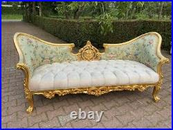Sofa/Settee/Couch in French Louis Louis XVI Style. Velvet/Floral Fabric
