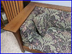 Stickley Mission Collection Cherry Prairie Settle Panel Sofa