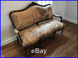 UPHOLSTERED FRENCH LOUIS XV STYLE SETTEE 1900s