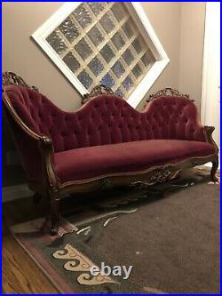 Victorian Antique Couch
