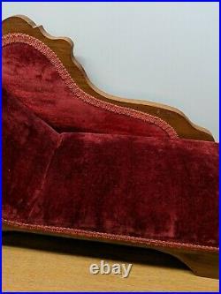Vintage Antique Salesman Sample Miniature Doll Size Chaise Lounge Fainting Couch