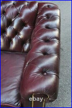 Vintage Chesterfield Sofa Leather Couch Office Room Library Lawyer tufted button