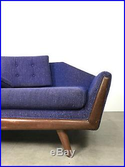 Vintage Mid Century Modern Adrian Pearsall Style Gondola Sofa For Re Upholstery
