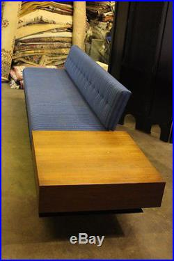 Vintage Mid-Century Sofa/End Table Combination Designed by Florence Knoll 120