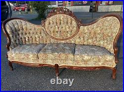 Vintage Victorian Long Sofa Couch Parlor Swoop Tufted Tapestry Carved Ornate A++