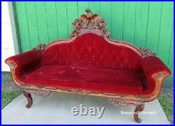 Vintage Victorian Style Decorator Carved Eagle Crest Sofa Couch Lounge Decor