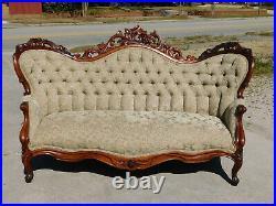 Walnut Victorian Sofa c 1865