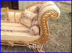 Wonderful Gold Leaf Gilt 1940 1950 Era French Style Recamier Couch